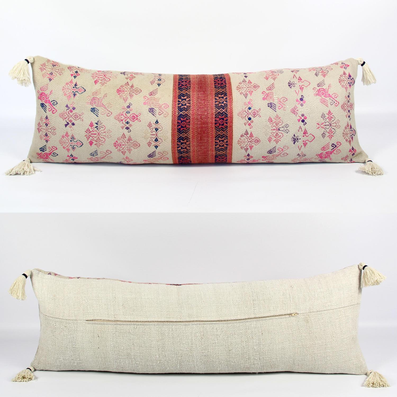 Long Maonan Wedding Blanket Cushion