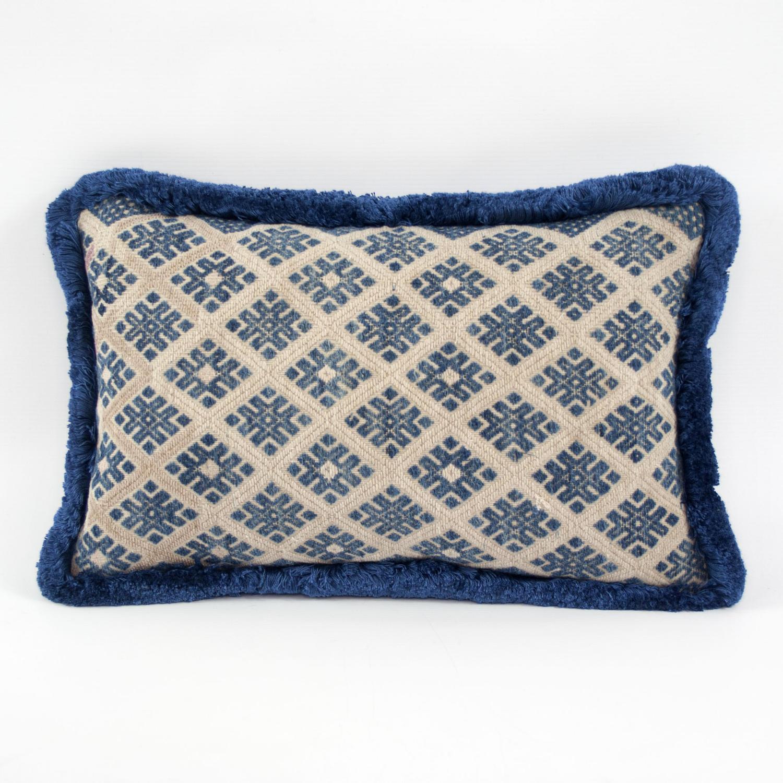 Zhuang Cushion with blue Fringe Trim