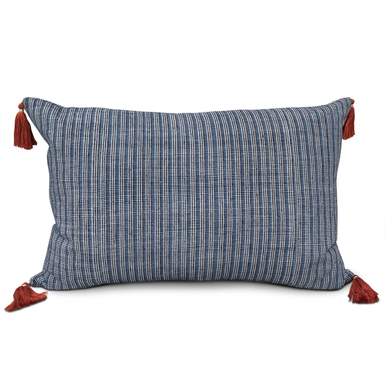 Shui Homespun cushions wth Tassels