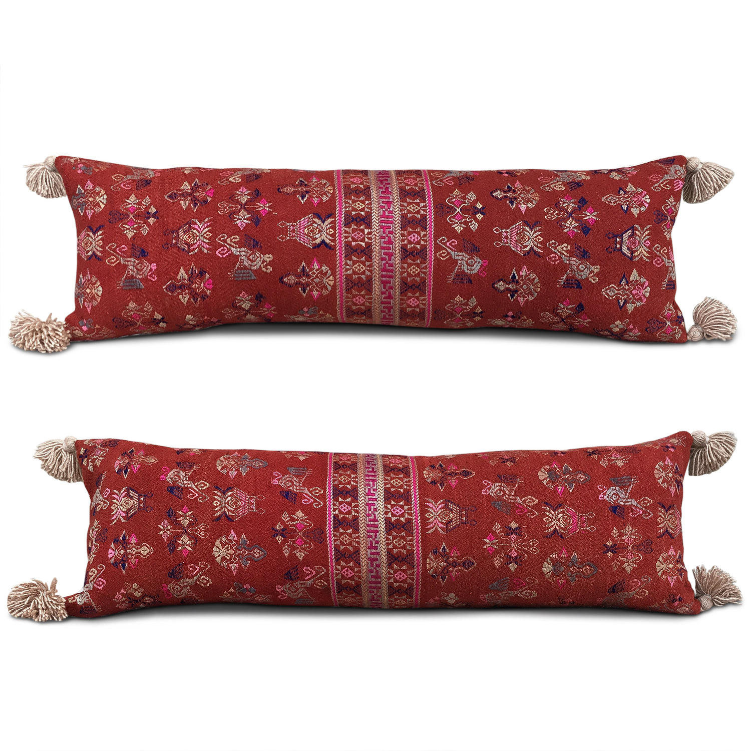 Long Maonan Cushions