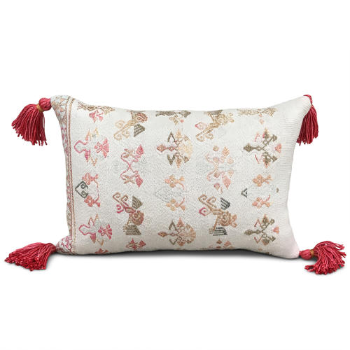 Maonan Cushion with Pink Tassels