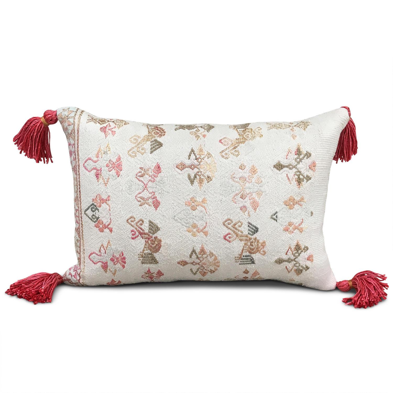 Maonan Cushion with Pink Tassels