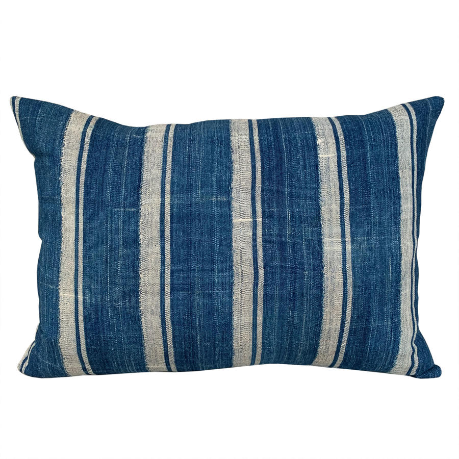 Mossi striped cushion