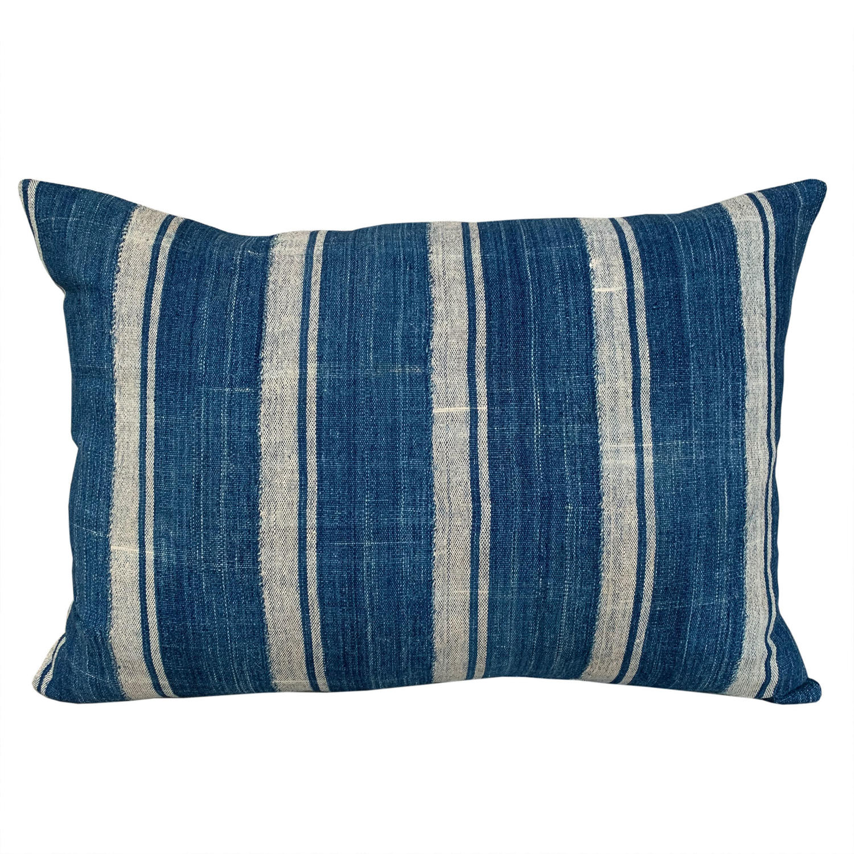 Mossi striped cushion