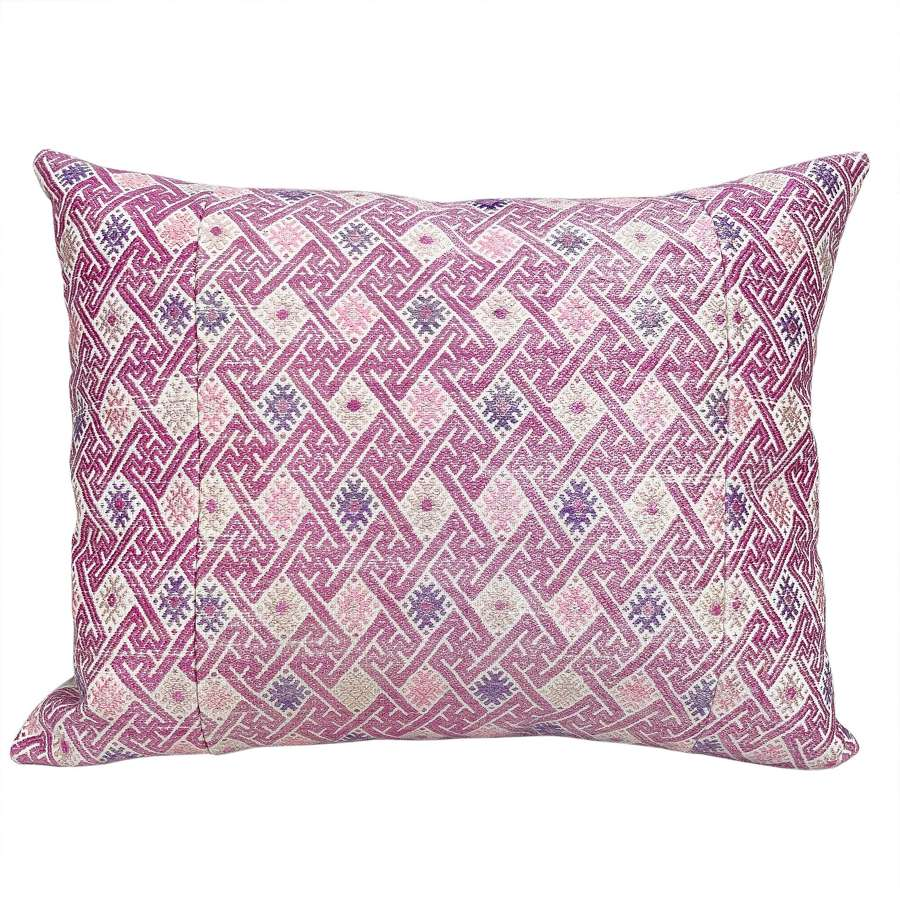 Pink wedding blanket cushions
