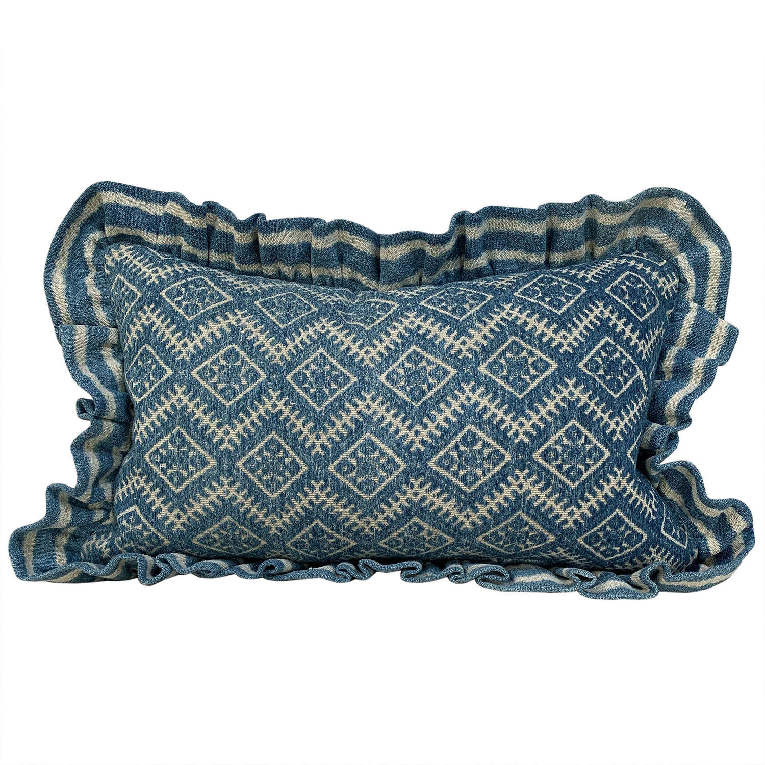 Zhuang cushion with Mossi frill