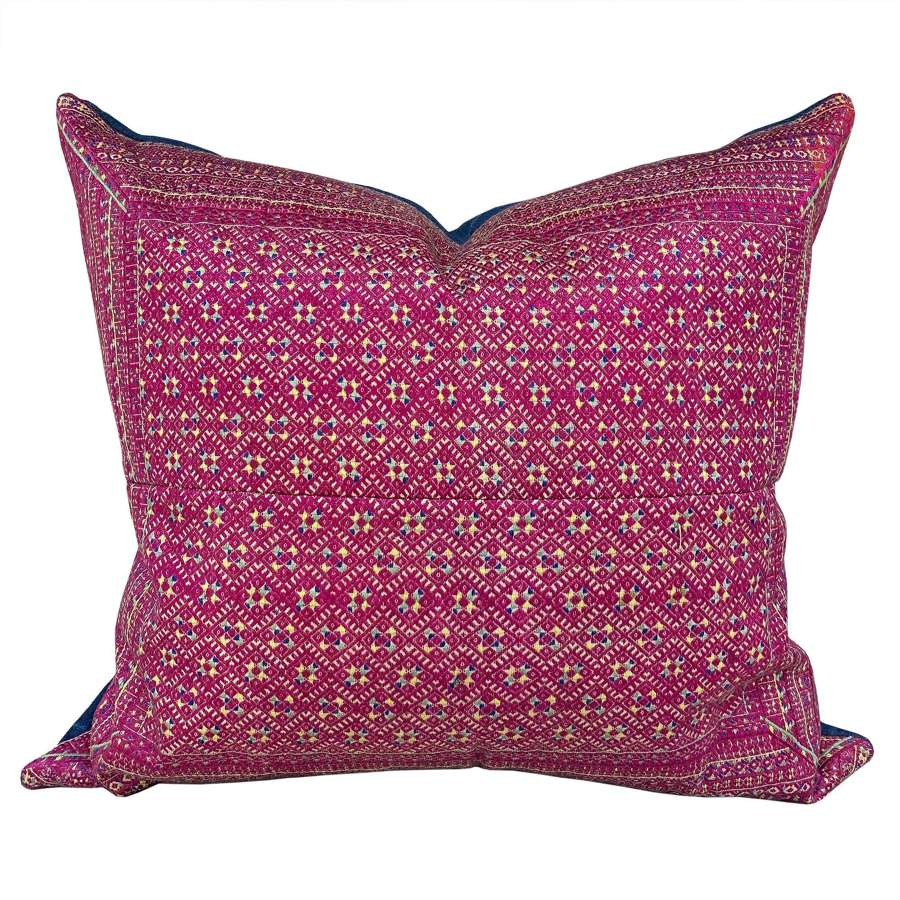 Large Zhaung cushion