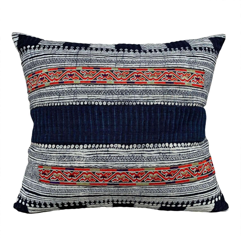 Geji skirt cushions
