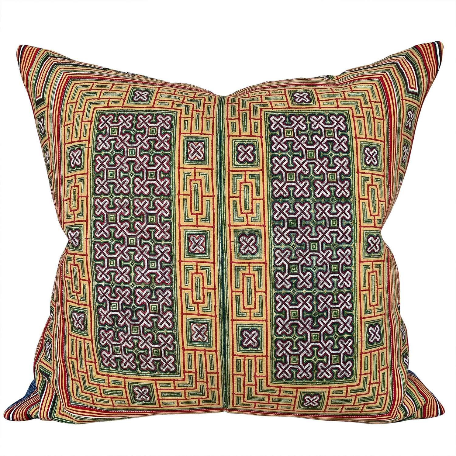 Miao collar cushion