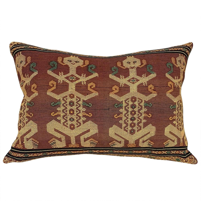 Sumba pahikung cushions