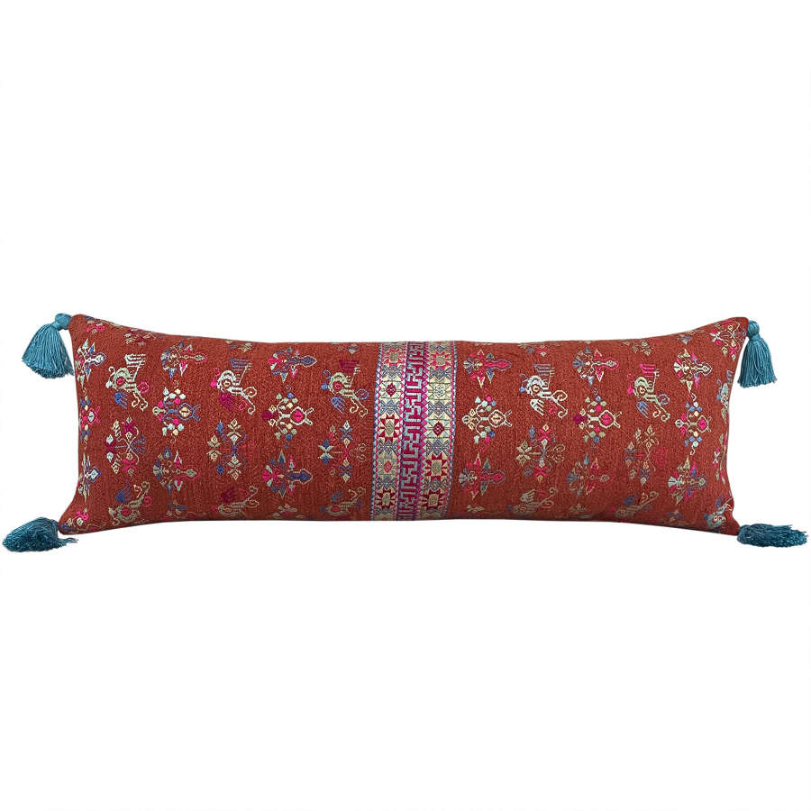 Maonan long cushion with tassels