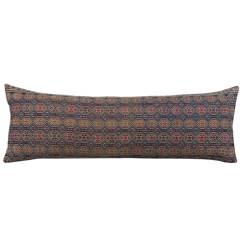 Dong-Miao long cushion
