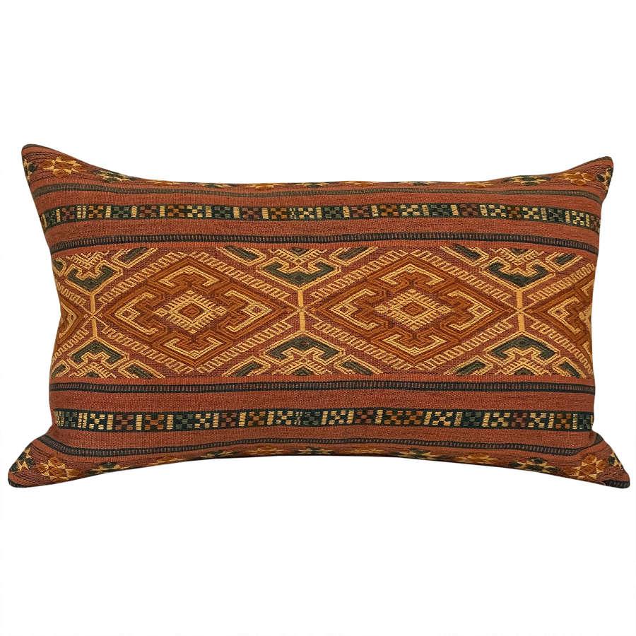 Sumba pahikung cushion
