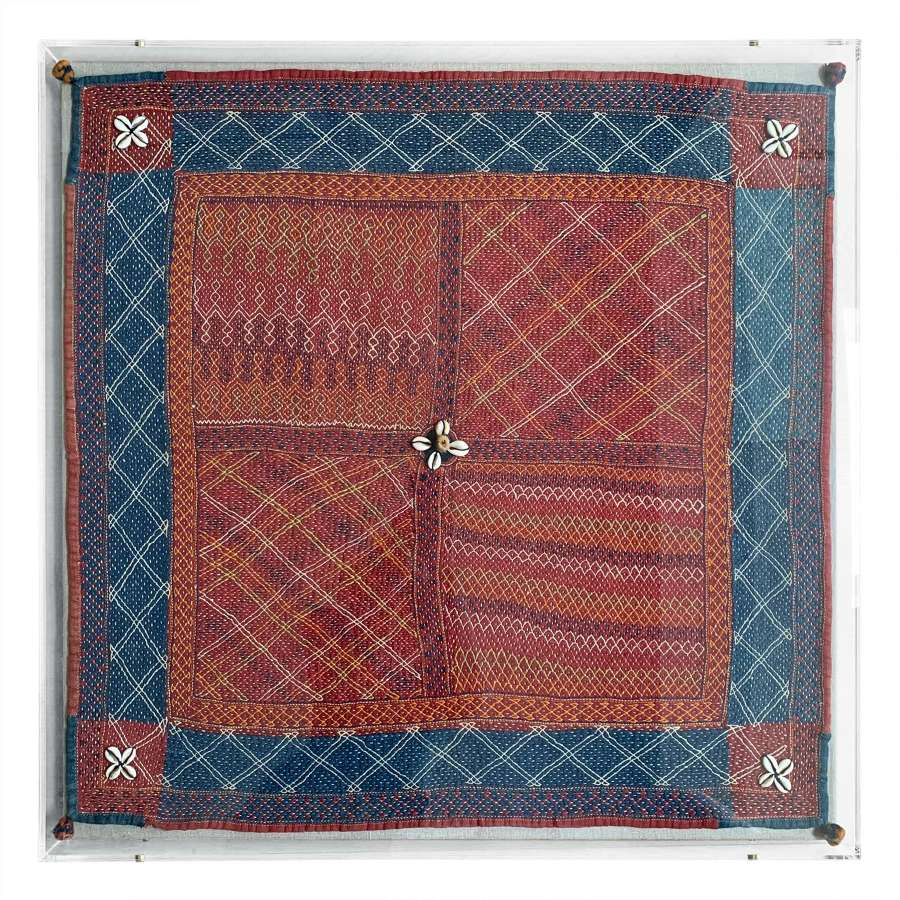 Large framed Banjara rumal