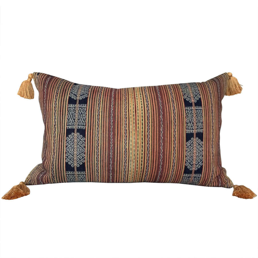 Timor cushion with tassels