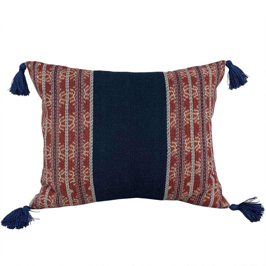 Savu cushion with tassels