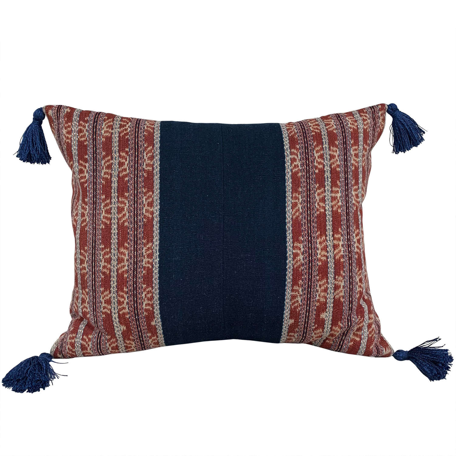 Savu cushion with tassels