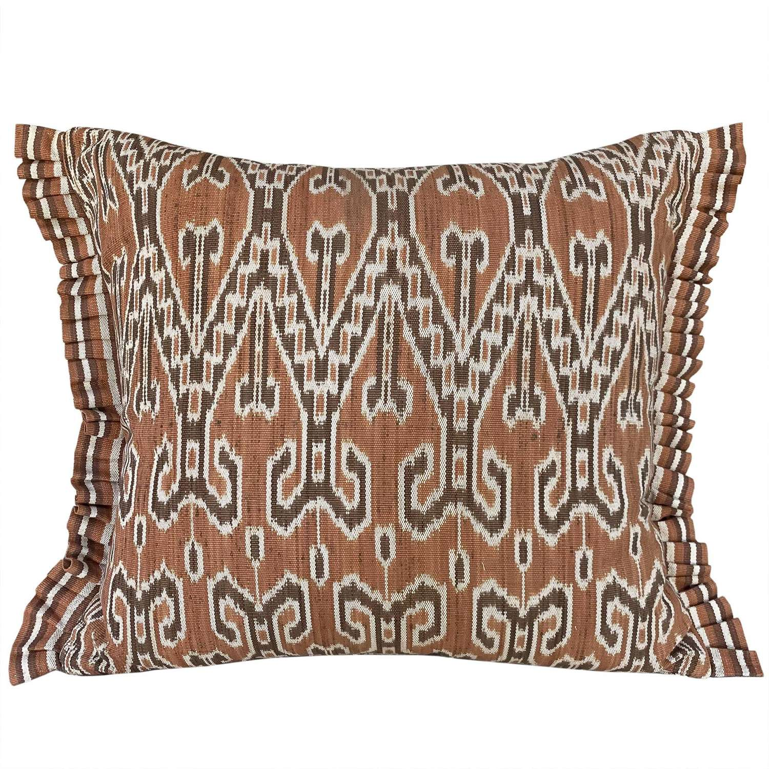 Dayak cushion with side pleats