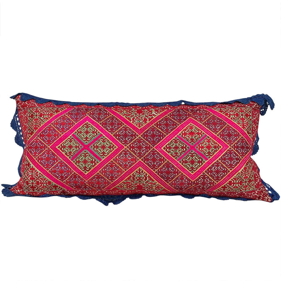 Swat marriage pillow with crochet trim