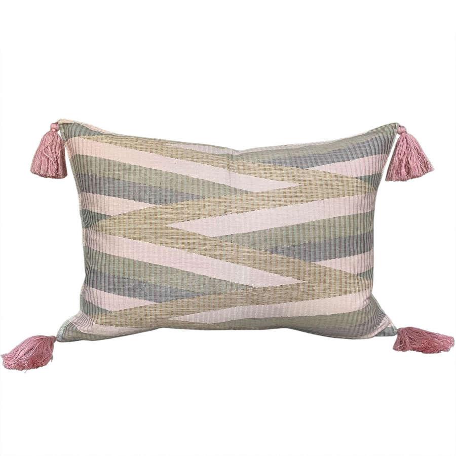 Rang rang cushion with pink tassels